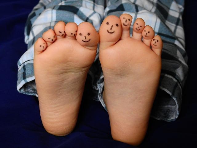 An den Fußsohlen gibt es keine Mitesser.