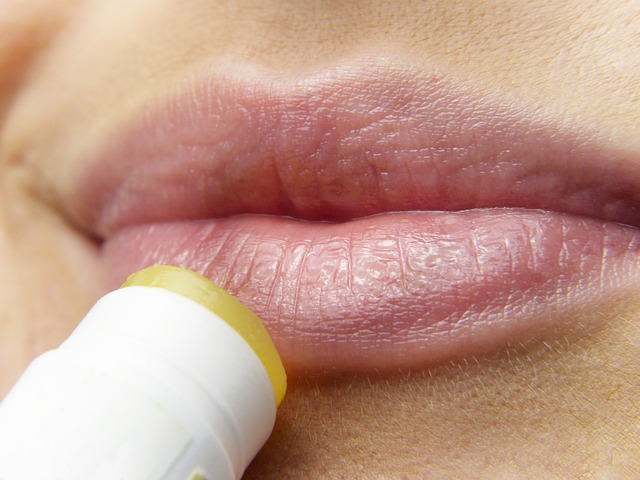 Propolis gegen Lippenherpes